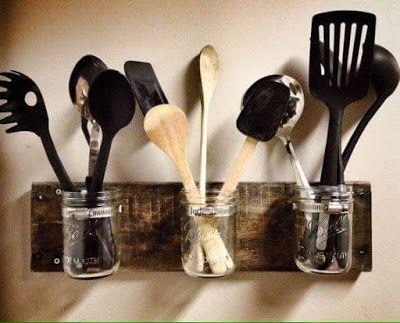 Si tienes en tu hogar tarros de vidrio, no los tires, mejor dales un mejor uso, te traigo estas ideas para que puedas reutilizar los tarros...