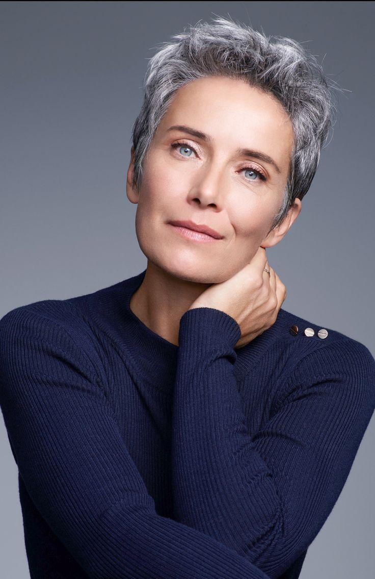 The 25+ best Short gray hairstyles ideas on Pinterest | Short gray ...