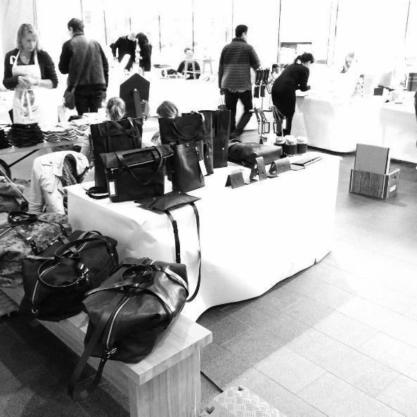 Le marché Design Haut&Fort ! #madeinmtl #martindhust #leatherbags #designhaut&fort: