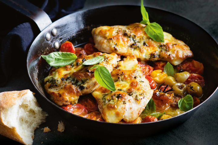 One-pan caprese chicken