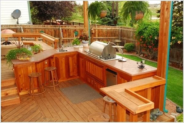 17 best hot tub ideas images on pinterest arbors for Piani di progettazione patio gratuiti