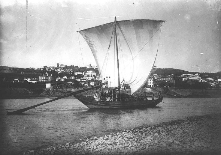 """* Barco Rabelo *  """"Rio Douro"""". Porto, Portugal. (1911)."""