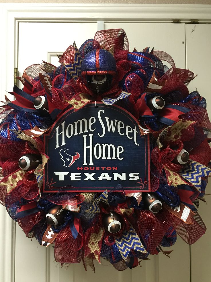 Houston Texans wreath by Twentycoats Wreath Creations (2015)