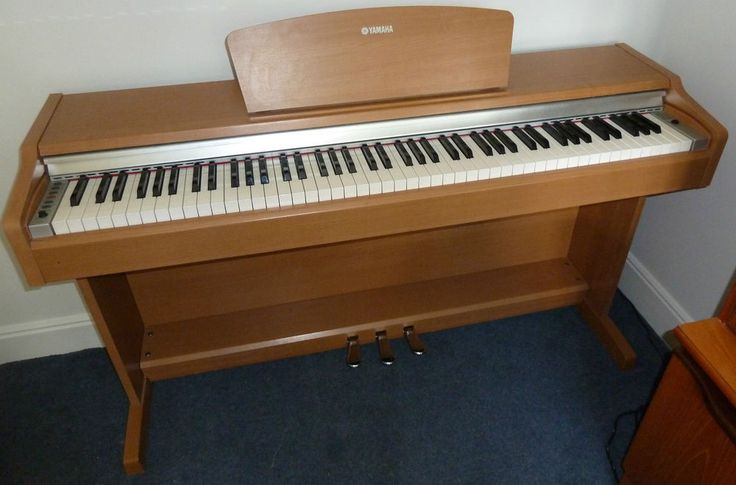 YDP 131 Yamaha electric piano - no reserve