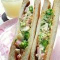 ブロッコリーとハム卵のサンドイッチ☆