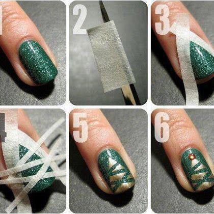 Golden Stripes Nail Art
