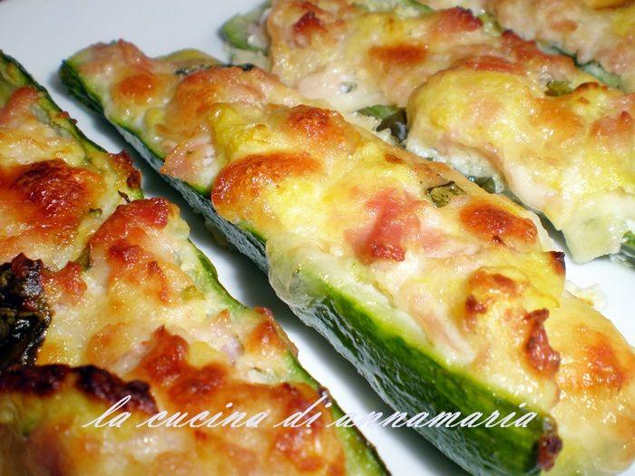 Barchette di zucchine con patate provola e prosciutto