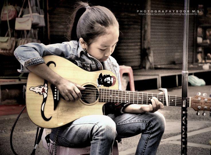 Street Musician in Big Market by Makk Sek on 500px