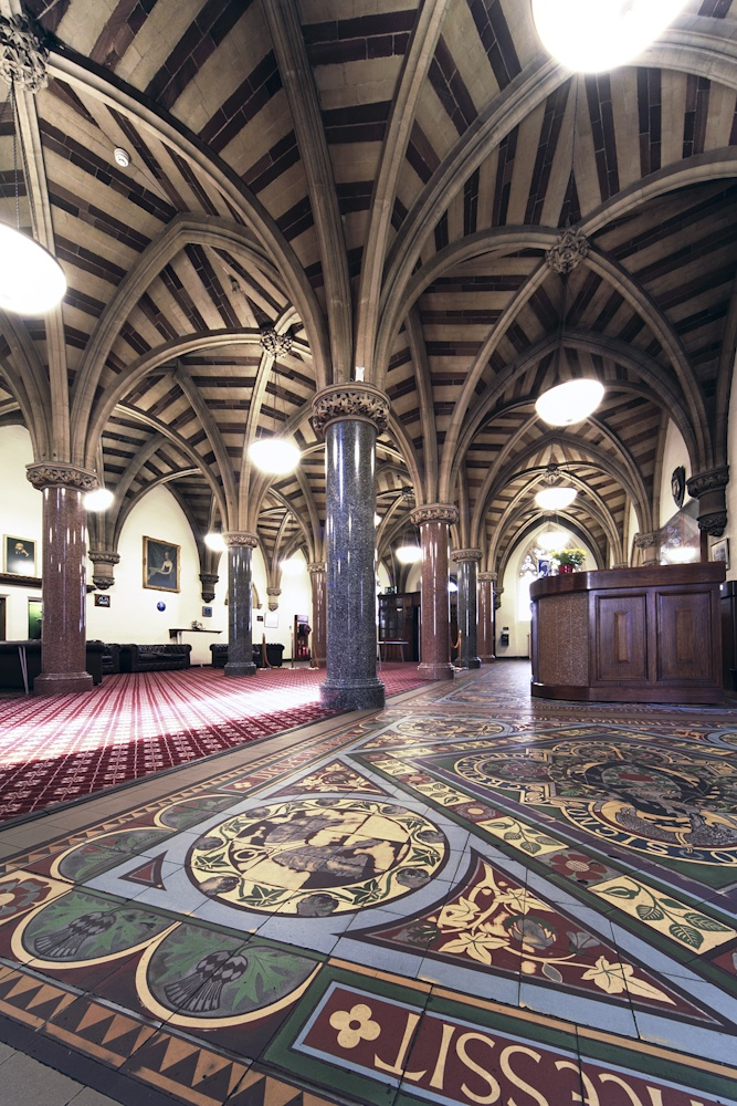 Rochdale Town Hall, Lancashire, England : The Exchange floor and vaulted ceiling