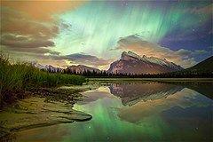 Het poollicht in al zijn glorie Canadese Rockies