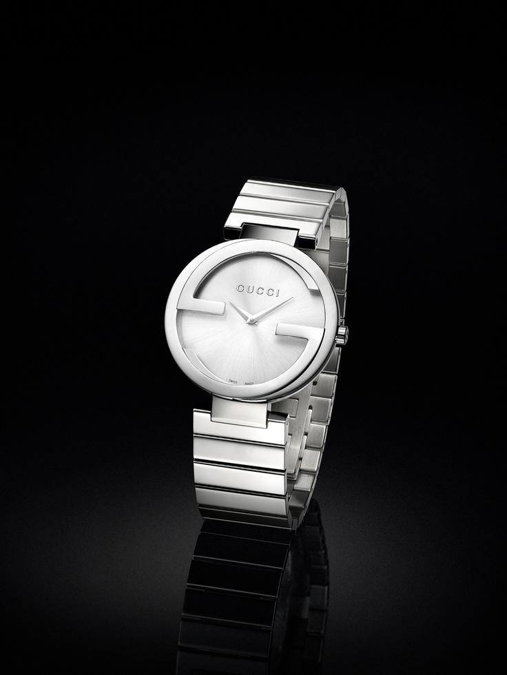 Gucci Interlocking watch small steel case