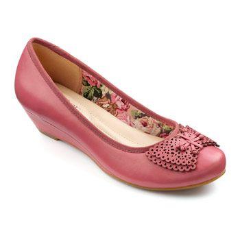Pollyanna Wedges  - Feather-light ladies wedge shoes - Dark Pink size 10 $64.00 AT vintagedancer.com