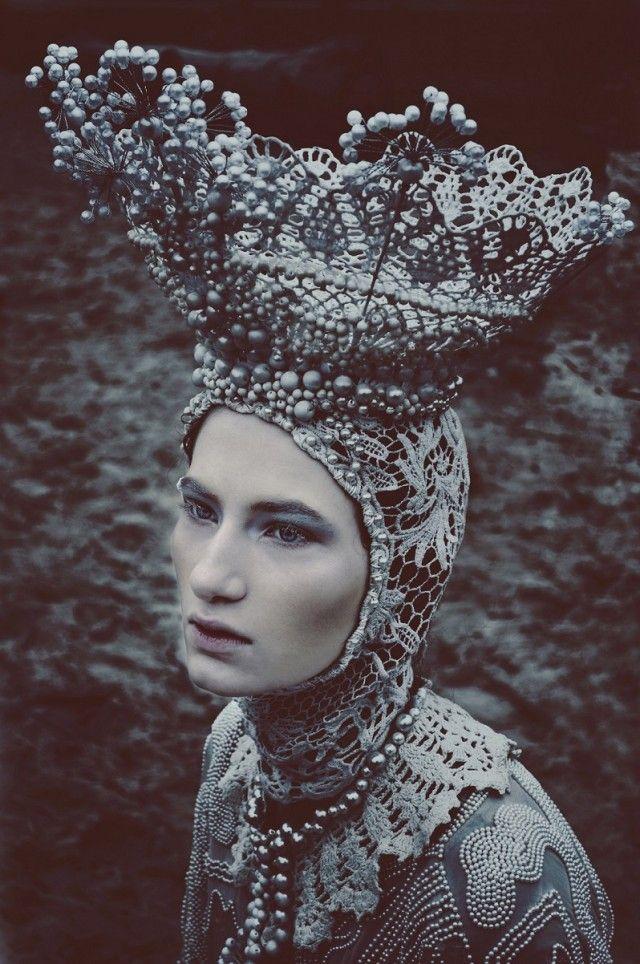 Marcin Nagraba - Wiktoria Soszyńska @ AMQ - makeup Patryk Nadolny - designer Agnieszka Osipa