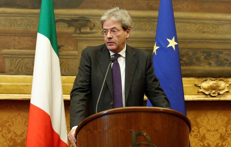 Newly appointed Italian Prime Minister Gentiloni unveiled his government on Monday, keeping almost all the outgoing ministers in place.