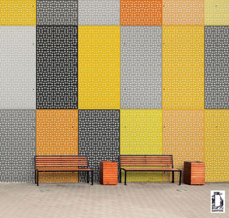 Habillage de façade métallique avec des cassettes des couleurs différentes