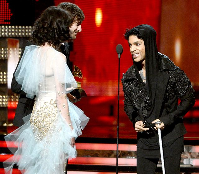 prince grammys 2013 - I thought it was very cool that they were so impressed with Who was giving them the award.  Very fitting!!