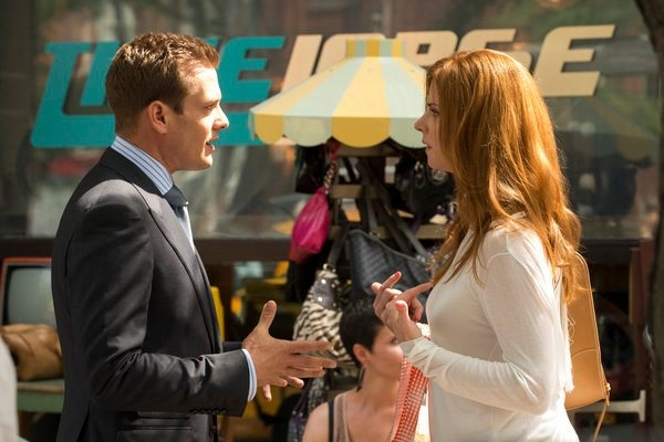 Gabriel Macht and Sarah Rafferty in Suits, Episode 2.09 'Asterisk'