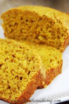 Easy Pumpkin Bread Recipe. Perfect for fall. Delicious!