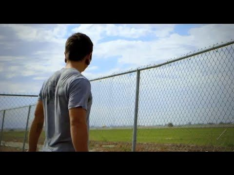 Johnny Medina - Fighting for Greatness: A CrossFit Story. WATCH THIS