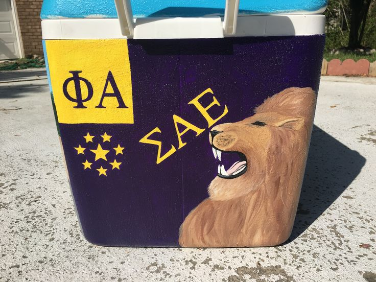 Sigma Alpha Epsilon Lion and flag painted fraternity cooler