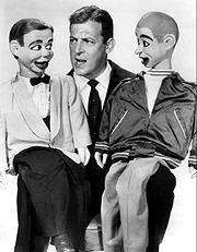 Ventriliquist Paul Winchell with Jerry Mahoney and Knucklehead Smiff (right) in 1958   He was also an inventor . Winchell developed over 30 patents in his lifetime. He invented an artificial heart with the assistance of Dr. Henry Heimlich, the inventor of the Heimlich Maneuver, and held the first patent for such a device.He invented an artificial heart with the assistance of Dr. Henry Heimlich,  and held the first patent for such a device.