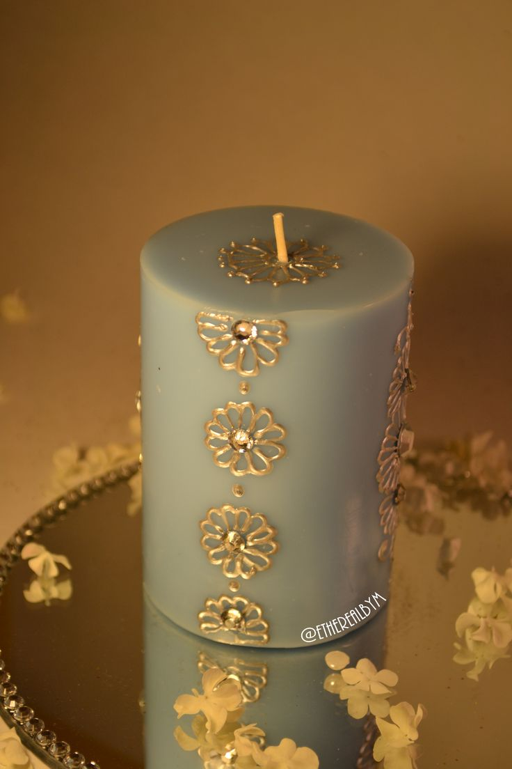 Blue - Summer Fresh Scented Henna Candle  These beautifully designed, henna inspired candles take on a modern twist with their sophisticated and intricate designs.   All candles are made-to-order, and can therefore be customized with your choice of design colours, as well as addition of words, for FREE.  All our candles are designed with water-based acrylic paint to ensure safe burning.