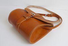 Handmade vintage cute rustic leather crossbody Shoulder Bag for girl w | EverHandmade