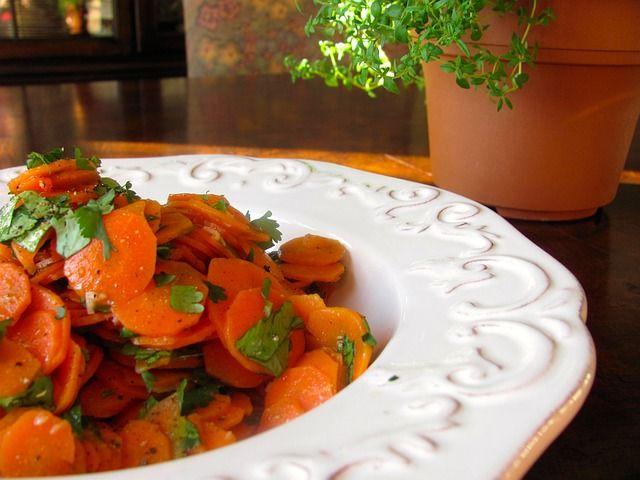 Gluten Free Honey Glazed Cranberry Carrots       #glutenfree #recipe