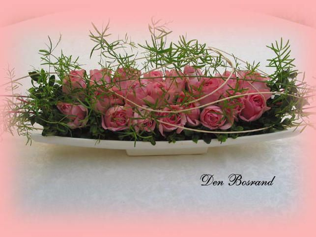 rechthoekige roze rozen