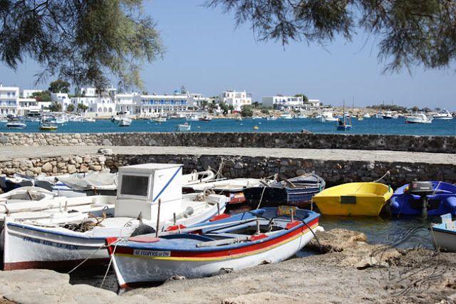 Il était une fois la pâtisserie...: Vacances en Grèce, à Paros {Cyclades} Port d'Aliki / Aliki Harbour in Greece