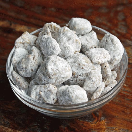 Nutella Puppy Chow. A different spin on the stuff I usually make. Steve would love this because he loves Nutella.