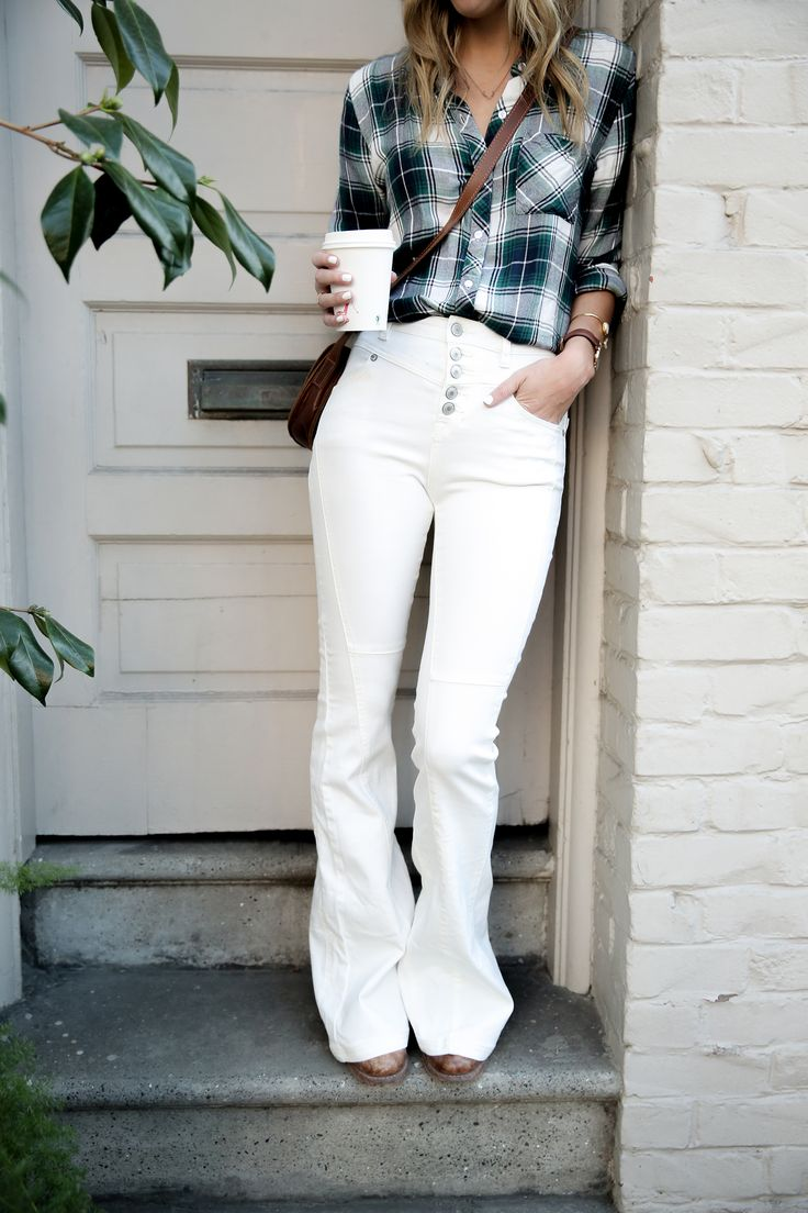 white jeans fall outfit, fashion blogger, ankle boots, street style, fall outfit ideas, boho style, bohemian outfits, white denim, free people, plaid shirt, fall plaid, white flare jeans, high-waisted jeans