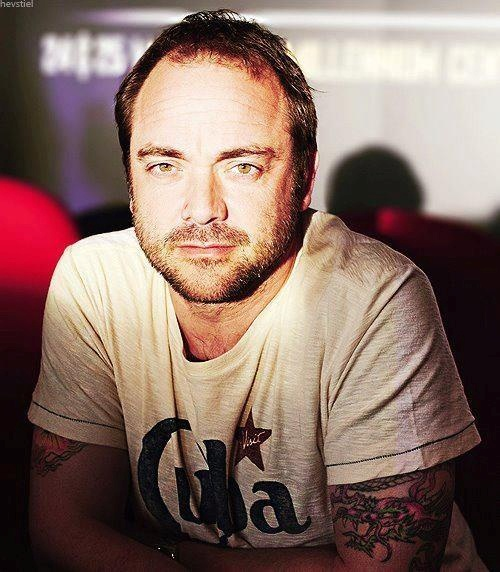 Great picture of Mark Sheppard!