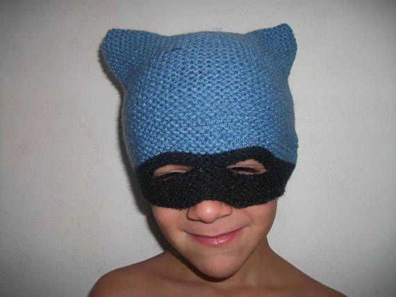 Bonnet masque super héros bleu et noir 4/6 ans tricoté main en