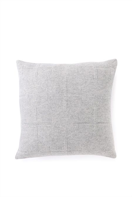 Omami Cushion