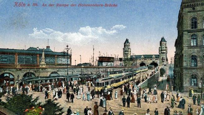 """Doppelausstellung in Köln (bis 19. April 2015)  Das Museum für Angewandte Kunst lockt ins """"Köln 1914, die Metropole im Westen""""."""
