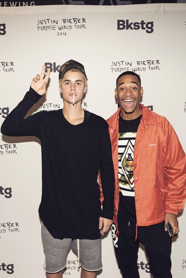 Justin Bieber - Backstage at Moda Center during his Purpose World Tour