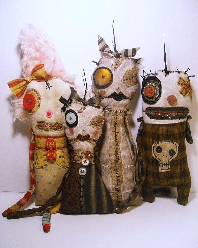 Dolls by Catherine Zacchino of Junker Jane. Image © C Zacchino. My classroom boys would love these.