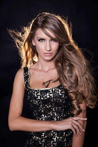 Simona@ MUR Models MUA Cristian Buca  Ph Dragos Burcea
