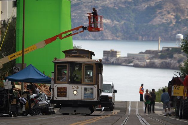"""Dwayne """"The Rock"""" Johnson's new quake film, """"San Andreas,"""" was spotted filming in Russian Hill."""