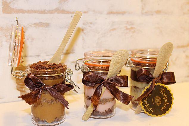 A loja Brigadeiro Dicunhada lança a linha de pão de mel para comer de colher (foto)