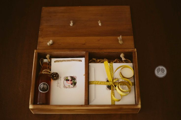 Package&Albums | The Pines – Storytellers