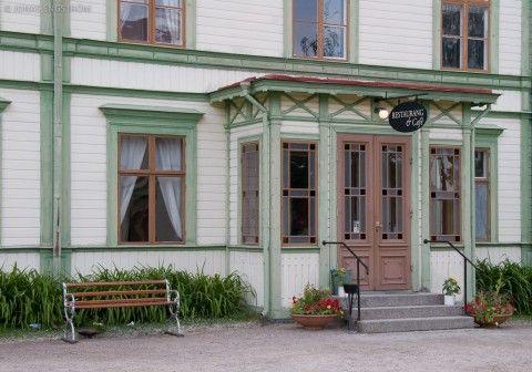 Trähus med gröna knutar, Järvsö-JE_11554