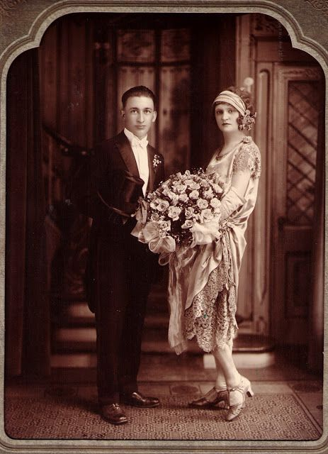 1920 wedding, that is one massive bouquet!