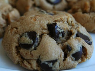 kill.the.gluten: Peanut Butter and Chocolate Chips Cookies