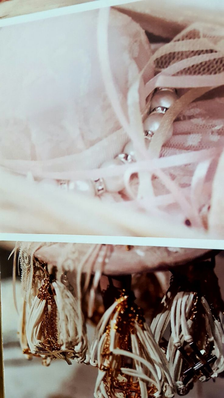 Marilia  favors bracelets  perl in lace hat and cross bracelet in vaftisi