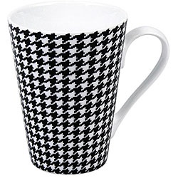 @Overstock - At Konitz, everything revolves around mugs. These 'escapada hounds tooth' mugs come in a set of four and feature a black and white hounds tooth pattern.http://www.overstock.com/Home-Garden/Konitz-Escapada-Hounds-Tooth-Mugs-Set-of-4/5918951/product.html?CID=214117 $34.49