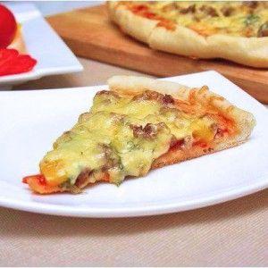 Вкусная пицца с фаршем