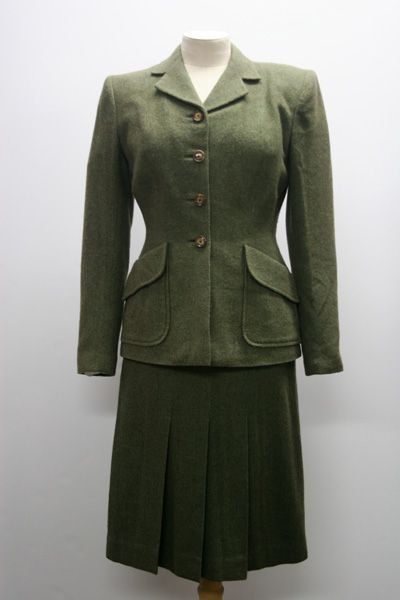 1940s Fashion Women Dresses on 1940s Womens Suit