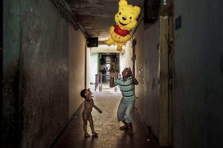 Tariq Zaidi, Lutte des pauvres en milieu urbain pour garder leur place - L'Œil de la photographie